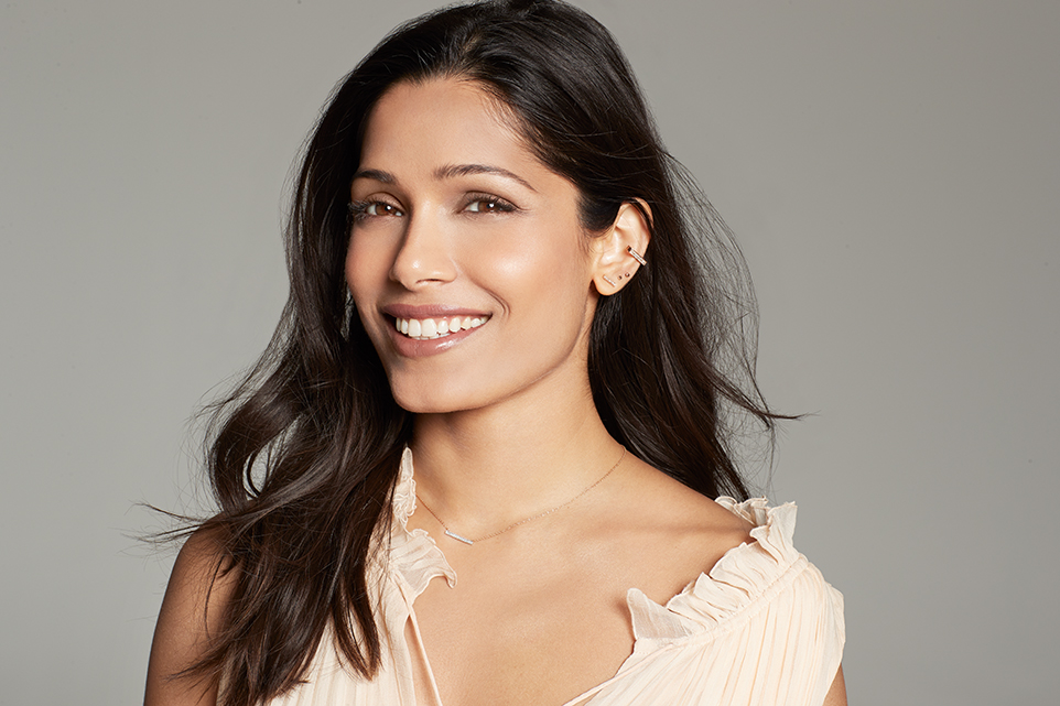 RED MAG _Freida Pinto_DPS